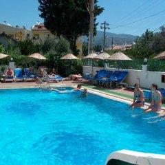 Seda Apartment Турция, Мармарис - отзывы, цены и фото номеров - забронировать отель Seda Apartment онлайн бассейн фото 2