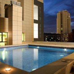 Hotel Valencia Center бассейн фото 3