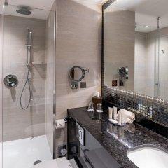 Отель Crowne Plaza London Heathrow T4 Великобритания, Лондон - отзывы, цены и фото номеров - забронировать отель Crowne Plaza London Heathrow T4 онлайн ванная фото 2