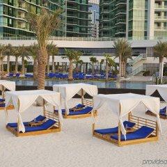 Отель DoubleTree by Hilton Dubai Jumeirah Beach бассейн фото 3
