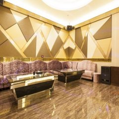 Отель Bluewiah Findlife Hotel (Zhangjiakou Xiahuayuan) Китай, Чжанцзякоу - отзывы, цены и фото номеров - забронировать отель Bluewiah Findlife Hotel (Zhangjiakou Xiahuayuan) онлайн развлечения