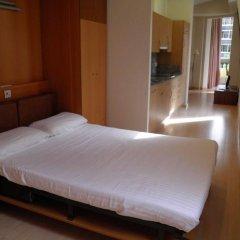 Отель Apartaments Sant Jordi Santa Anna 2 Испания, Барселона - отзывы, цены и фото номеров - забронировать отель Apartaments Sant Jordi Santa Anna 2 онлайн комната для гостей фото 3