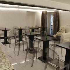 Отель Colonna Suite Del Corso