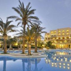 Отель Kempinski Hotel San Lawrenz Мальта, Сан-Лоренц - отзывы, цены и фото номеров - забронировать отель Kempinski Hotel San Lawrenz онлайн бассейн
