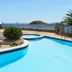 Отель HSM Sandalo Beach бассейн