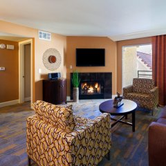 Отель Holiday Inn Club Vacations: Las Vegas at Desert Club Resort комната для гостей фото 5