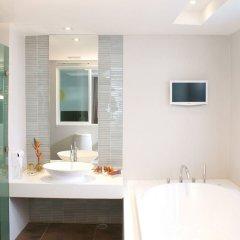 Отель Z Through By The Zign Таиланд, Паттайя - отзывы, цены и фото номеров - забронировать отель Z Through By The Zign онлайн ванная