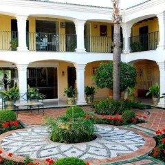 Отель Los Monteros Spa & Golf Resort фото 5