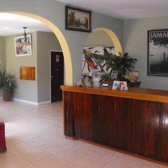 Отель Verney House Resort Ямайка, Монтего-Бей - отзывы, цены и фото номеров - забронировать отель Verney House Resort онлайн интерьер отеля фото 3