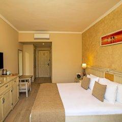 Отель Kairaba Alacati Beach Resort Чешме комната для гостей