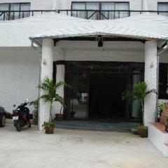 Отель The Kata Resort парковка
