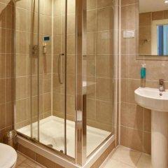 Отель Piries Hotel Великобритания, Эдинбург - отзывы, цены и фото номеров - забронировать отель Piries Hotel онлайн ванная