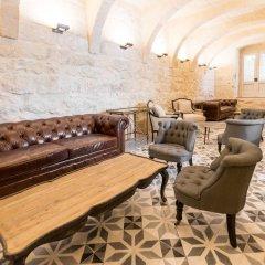 Отель Cesca Boutique Hotel Мальта, Мунксар - отзывы, цены и фото номеров - забронировать отель Cesca Boutique Hotel онлайн интерьер отеля фото 2