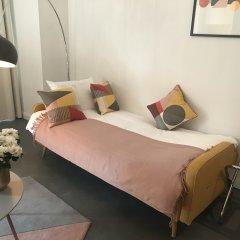 Апартаменты L'Abeille Boutique Apartments Ницца комната для гостей