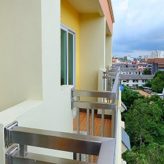 D Hotel Pattaya Паттайя балкон