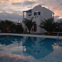 Отель Louis Studios Hotel Греция, Остров Санторини - отзывы, цены и фото номеров - забронировать отель Louis Studios Hotel онлайн бассейн
