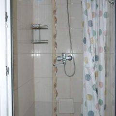 Гостиница Bulatov Hostel в Москве отзывы, цены и фото номеров - забронировать гостиницу Bulatov Hostel онлайн Москва ванная