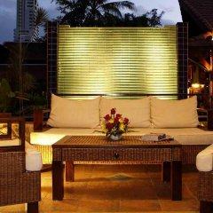 Отель Safari Beach Hotel Таиланд, Пхукет - 1 отзыв об отеле, цены и фото номеров - забронировать отель Safari Beach Hotel онлайн интерьер отеля фото 3