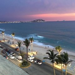 Отель Brujas-maravillosa Habitación 2p en Mazatlán пляж