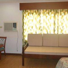 Отель Bliss Hotel Dau Филиппины, Мабалакат - отзывы, цены и фото номеров - забронировать отель Bliss Hotel Dau онлайн комната для гостей фото 5