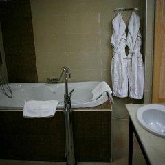 Гостиница Мартон Палас 4* Стандартный номер с двуспальной кроватью фото 9