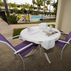 Отель Lemon Tree Inn бассейн фото 2