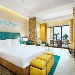 Отель DoubleTree by Hilton Resort & Spa Marjan Island 5* Стандартный номер с двуспальной кроватью фото 4