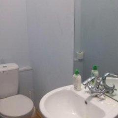 Отель Vareron Hostel Грузия, Тбилиси - отзывы, цены и фото номеров - забронировать отель Vareron Hostel онлайн ванная фото 2