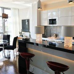 Отель Luxury Apartments MONDRIAN Market Square Польша, Варшава - отзывы, цены и фото номеров - забронировать отель Luxury Apartments MONDRIAN Market Square онлайн питание фото 2