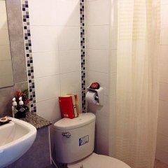 Апартаменты Purita Serviced Apartment Бангкок ванная