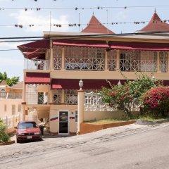 Отель Gibbs Chateau Ямайка, Монтего-Бей - отзывы, цены и фото номеров - забронировать отель Gibbs Chateau онлайн парковка
