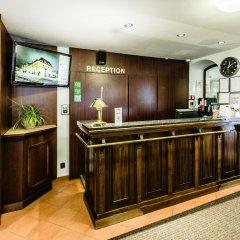 Отель Archibald At the Charles Bridge интерьер отеля