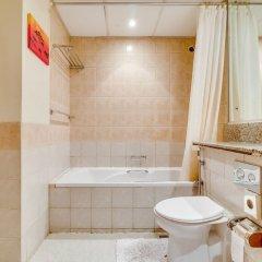 Апартаменты Short Booking - 1 BDR Apartment Greens ванная фото 2