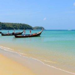 Отель Sunrise Guesthouse Таиланд, Бухта Чалонг - отзывы, цены и фото номеров - забронировать отель Sunrise Guesthouse онлайн пляж фото 2