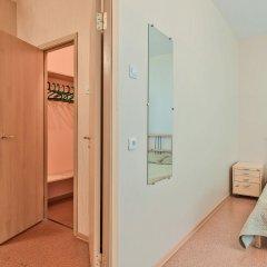 Гостиница FlatHome24 near metro Komendanskiy prospect комната для гостей фото 4