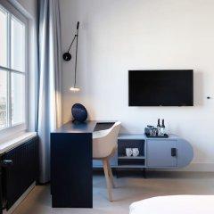 Отель Conscious Hotel Museum Square Нидерланды, Амстердам - 10 отзывов об отеле, цены и фото номеров - забронировать отель Conscious Hotel Museum Square онлайн удобства в номере фото 2