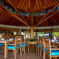 Отель Reethi Faru Resort гостиничный бар