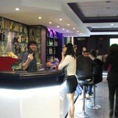 Отель Highlander Guest House And Bar Сан Джулианс гостиничный бар