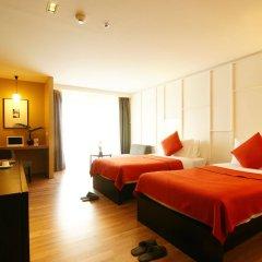 Отель Page 10 Hotel & Restaurant Таиланд, Паттайя - отзывы, цены и фото номеров - забронировать отель Page 10 Hotel & Restaurant онлайн комната для гостей фото 3