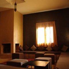 Отель Dar Chamaa Марокко, Уарзазат - отзывы, цены и фото номеров - забронировать отель Dar Chamaa онлайн интерьер отеля фото 3