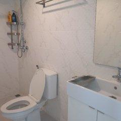 Отель College Haus Бангкок ванная