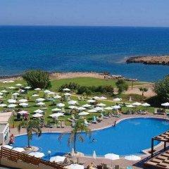 Отель Atlantica Sea Breeze Кипр, Протарас - отзывы, цены и фото номеров - забронировать отель Atlantica Sea Breeze онлайн пляж