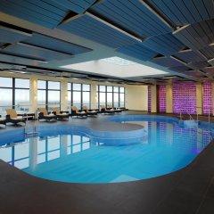 Sheraton Munich Arabellapark Hotel бассейн