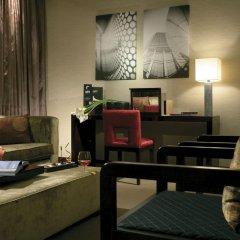Отель Hesperia Tower Испания, Оспиталет-де-Льобрегат - 1 отзыв об отеле, цены и фото номеров - забронировать отель Hesperia Tower онлайн интерьер отеля фото 2