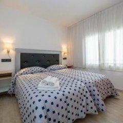 Отель Vela Испания, Курорт Росес - отзывы, цены и фото номеров - забронировать отель Vela онлайн комната для гостей фото 5
