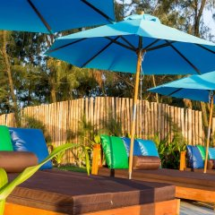 Отель Five Rose Villas бассейн