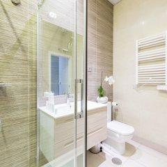 Отель Malasaña Plaza - MADFlats Collection ванная фото 2