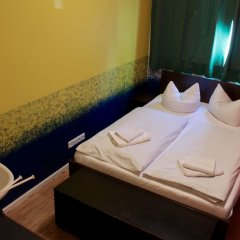 Отель HOLI-Berlin Hotel Германия, Берлин - отзывы, цены и фото номеров - забронировать отель HOLI-Berlin Hotel онлайн ванная