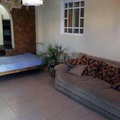 Отель Yennys Hostal Мексика, Канкун - отзывы, цены и фото номеров - забронировать отель Yennys Hostal онлайн комната для гостей