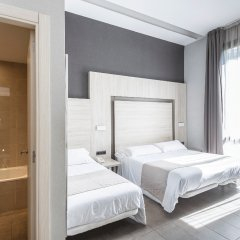 Отель Hostal Plaza Goya Bcn Барселона комната для гостей фото 4